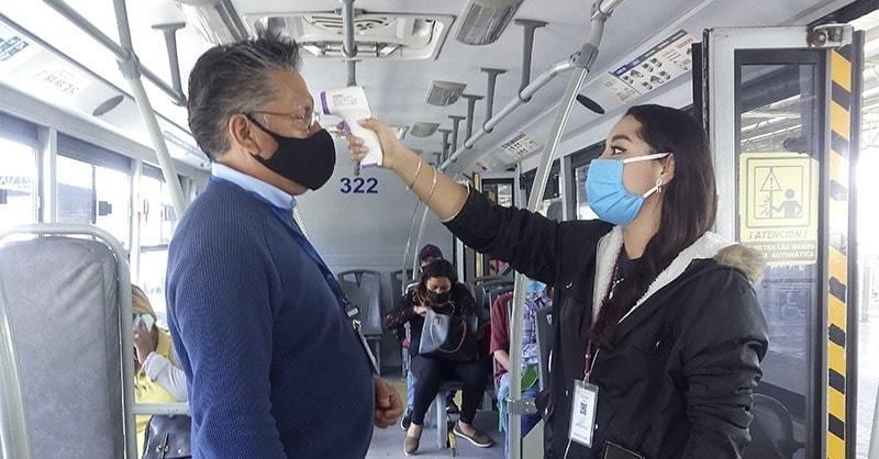 RUTA REALIZA LA REVISIÓN DIARIA DE TEMPERATURA DE SUS OPERADORES